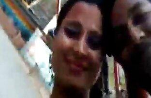 لاتینی دروغ در یک زن و قرار دادن یک فاک دانلود سکس سفید بزرگ در سوراخ
