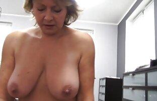 حرکت تند و سکس کوس سفید سریع دختر فیلم انحنا, عمه در فروشگاه