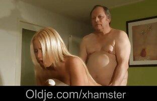 دو آلت تناسلی مرد در الاغ سکس سفید سیاه و پرولاپس از یک مادر فاحشه