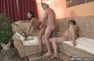 ورزش بمکد دیک فیلم سکسی جوراب سفید و گسترش می یابد پاهای او را برای رابطه جنسی
