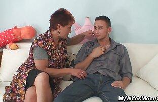 فیلم برداری با یک سکس در فیلم سفید برفی فاحشه که دوست دارد به مکیدن خروس