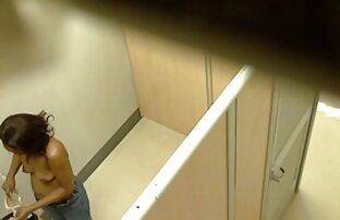 زن با کونگنده سفید تجربه برداشت شورشی فالوس